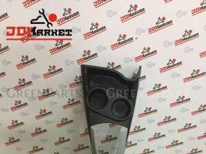 Консоль между сидений на Toyota Aqua NHP10 1NZ-FXE