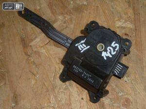 Привод заслонок отопителя на Toyota Wish ZNE10G 1ZZ-FE