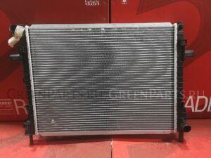 Радиатор двигателя на Lincoln Town Car 4.6