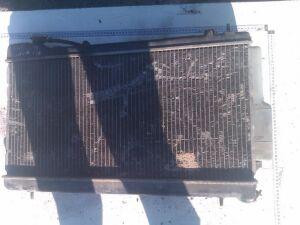 Радиатор на Subaru Impreza