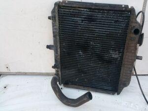 Радиатор на Mercedes-benz 100