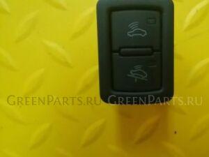 Кнопка на Audi A4 (B8)