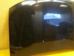 Капот на Renault Duster