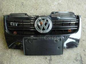 Решетка радиатора на Volkswagen Golf 032171 BLG
