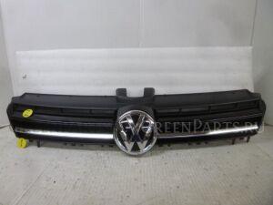 Решетка радиатора на Volkswagen Golf 5G0853651A CJZ