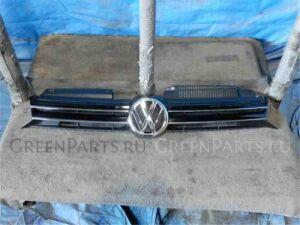 Решетка радиатора на Volkswagen Golf WVWZZZ1KZDM634300 CBZ