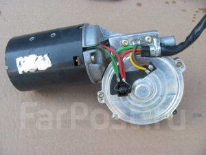 Мотор стеклоочистителя (левый руль)