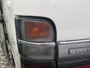Стоп-сигнал на Toyota Hiace KZH106 1KZTE